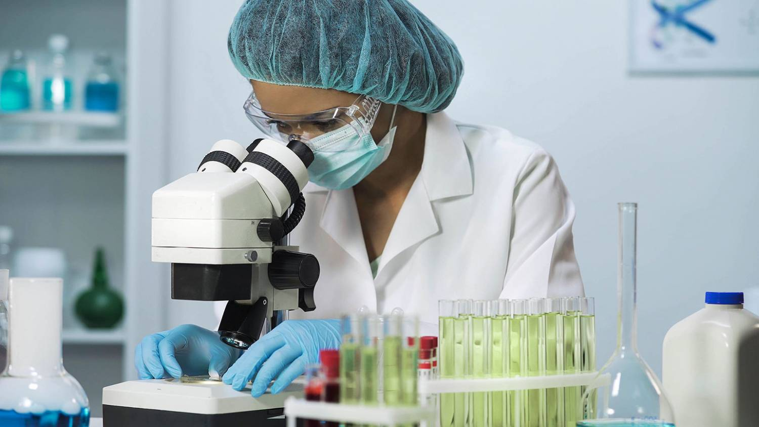 A scientist in a laboratory works.