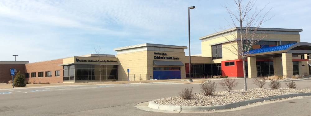Gillette Mankato clinic building exterior