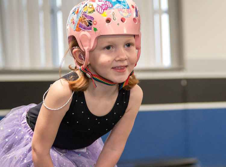 Gillette patient Ashlyn during dance class